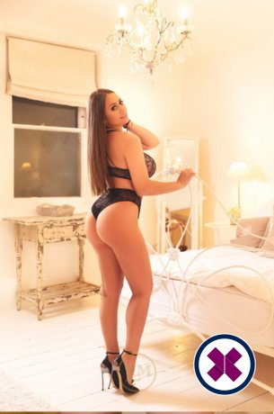 Alessandra är en supersexig Italian Escort i London