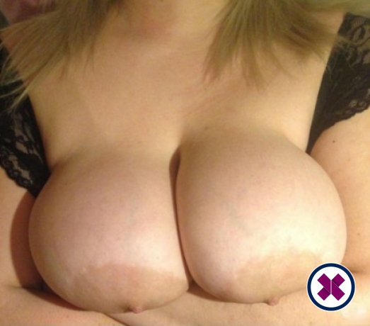 Mega Busty Ruby is a super sexy Bulgarian Escort in London