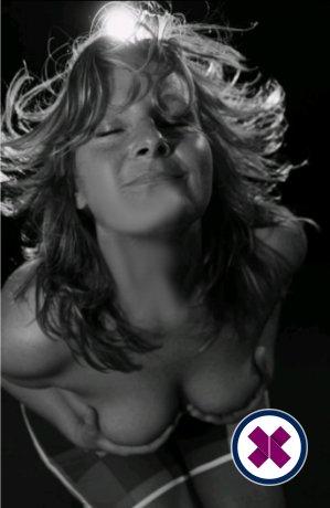 Jessie Massage is een van de meest geliefde masseurs / masseuses in Amsterdam. Bel nu en maak een afspraak.